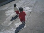 保育園 幼児 少女 子供