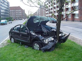 交通事故 衝突